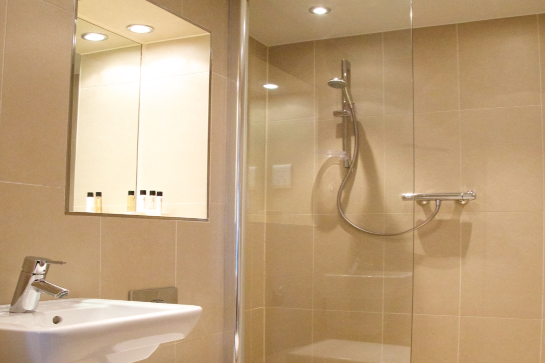 Citystay Shower Vie