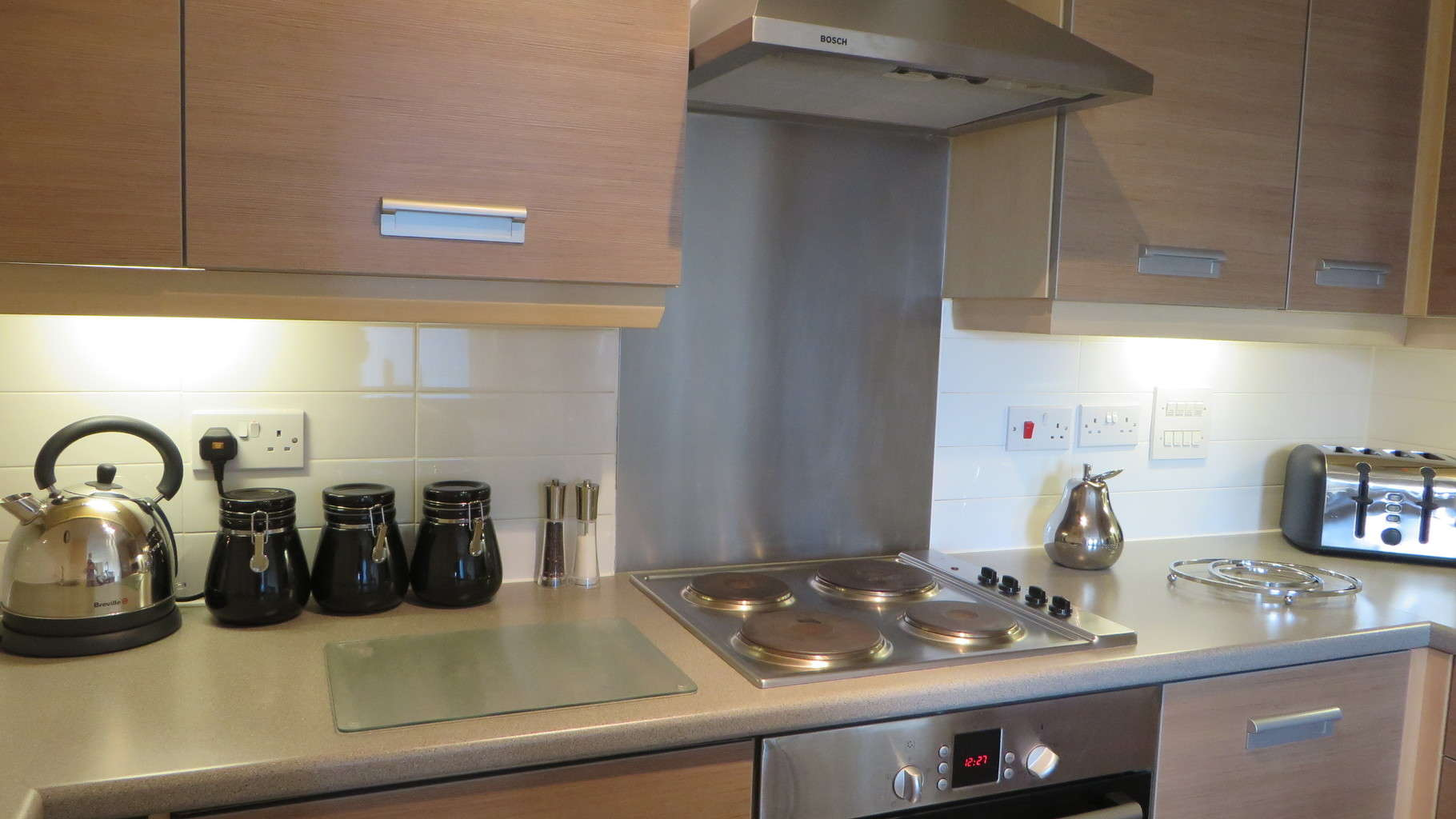 Apartments Cambridge Warren Close