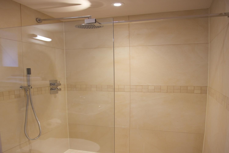 Pringle Showerroom