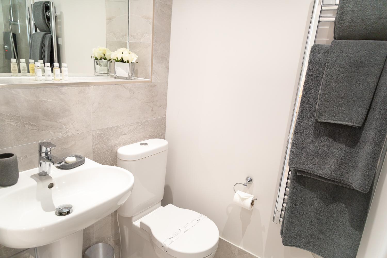 Midsummer Bathroom Studio